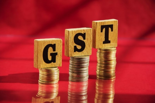 GST,GST Tax slabs,FinMin officials,GST Rates,Finance Ministry