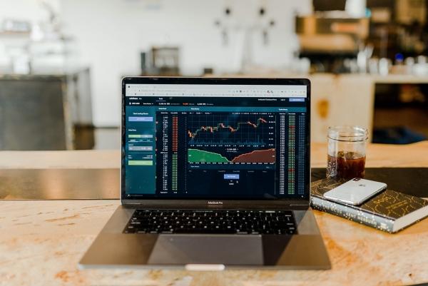 Stocks for day trading,National Aluminium Company Ltd.,stock,Bank Nifty,DLF Ltd.,Nifty