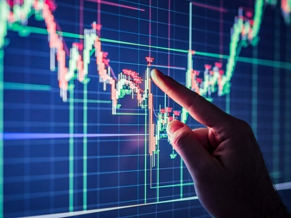 Share market news,Sundaram Mutual Fund,stock market outlook,stock market analysis,Smallcap stocks,when to sell stock,MD & CEO,stock market news